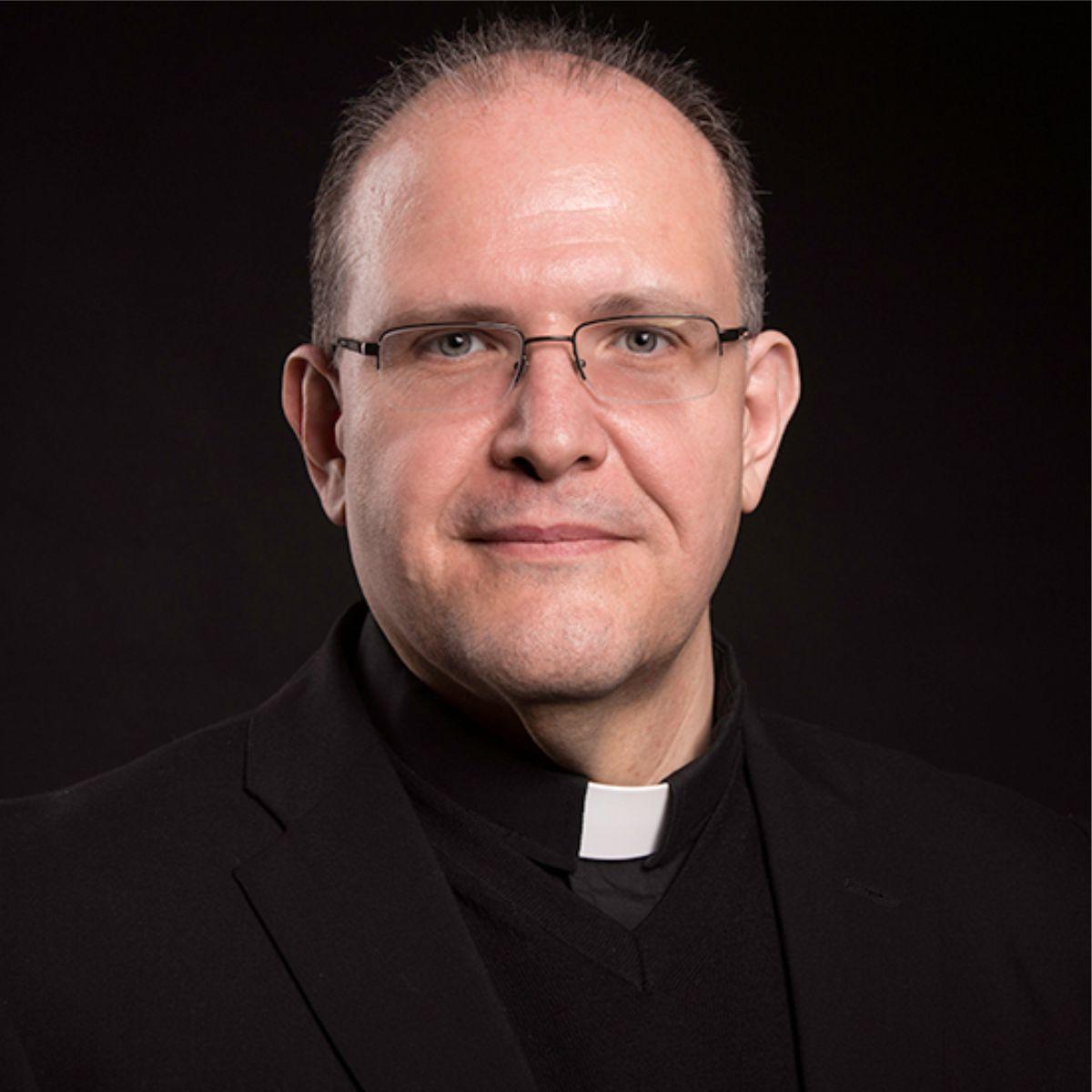 Fr Camilleri
