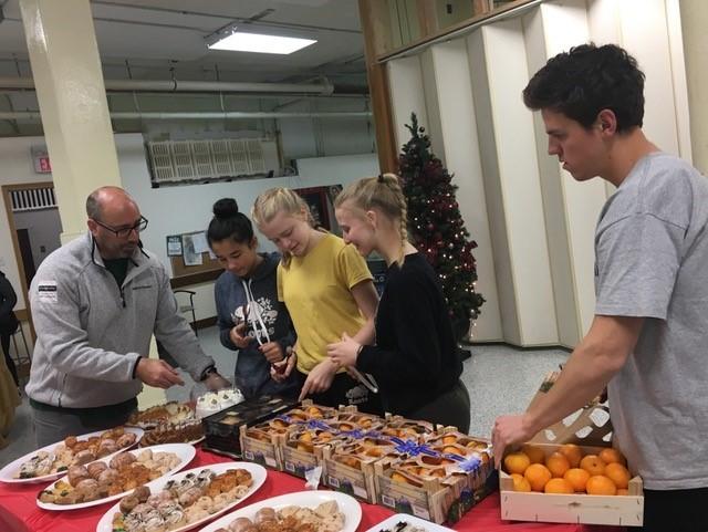 Food bank volunteers in action
